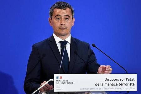 Frankreichs Innenminister Gerald Darmanin will symbolische Orte zukünftig besser schützen lassen. Foto: Stephane De Sakutin/AFP POOL/AP/dpa