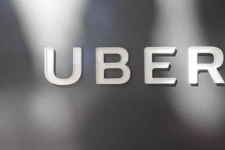 3700 Jobs sollen bei Uber wegen der Corona-Pandemie gestrichen werden. Foto: Christoph Dernbach/dpa