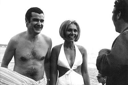 Die deutschen «Aufklärungspioniere» Oswalt Kolle und Ruth Gassmann 1969 in Cannes. Foto: dpa
