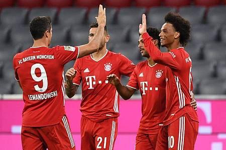Zum Bundesligastart besiegen die Bayern den FC Schalke mit 8:0. Foto: Matthias Balk/dpa