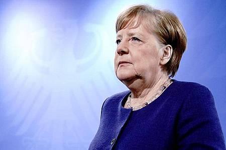 Bundeskanzlerin Angela Merkel (CDU), gibt nach der Videokonferenz mit den Ministerpräsidenten der Bundesländer eine Pressekonferenz. Foto: Kay Nietfeld/dpa Pool/dpa