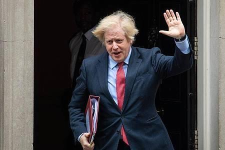 Boris Johnson verlässt die 10 Downing Street. Großbritannien war Ende Januar aus der EU ausgetreten. Foto: Dominic Lipinski/PA Wire/dpa