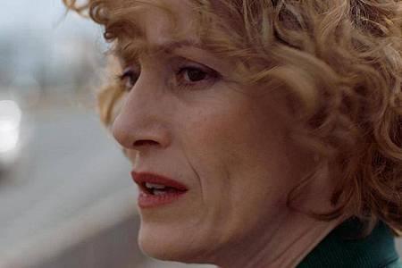 Elpida (Stella Fyrogeni) will ihren Mann aus dem Weg räumen. Foto: -/OLYMP Film / A.B. Seahorse Film Productions /dpa