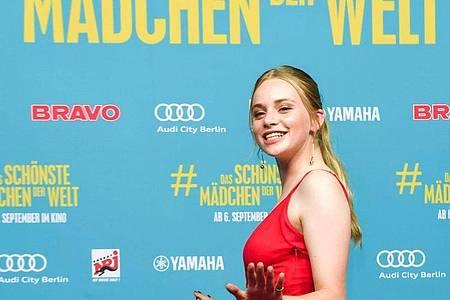 """Die Hauptdarstellerin Luna Wedler in «""""Das schönste Mädchen der Welt». Foto: Jens Kalaene/dpa-Zentralbild/dpa"""