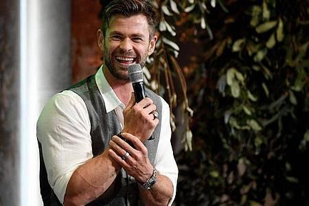 Chris Hemsworth will Muskeln zeigen. Foto: Bianca De Marchi/AAP/dpa