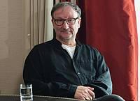 Schauspieler Rainer Bock fühlt sich wohl auf Sylt. Foto: Jens Kalaene/dpa-Zentralbild/dpa