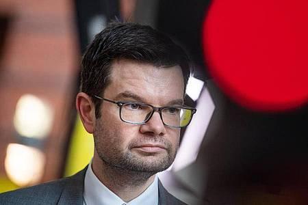 Aus Sicht der FDPwird die Mehrwertsteuersenkung den in der Corona-Krise eingebrochenen Konsum nicht nachhaltig ankurbeln. Foto: Christophe Gateau/dpa