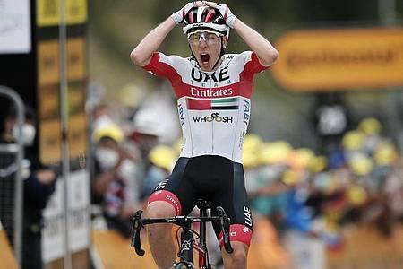 Der Slowene Tadej Pogacar gewann die neunte Tour-Etappe. Foto: Benoit Tessier/Pool Reuters/AP/dpa