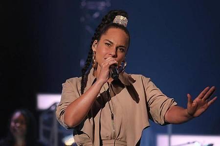Die Fans von Alicia Keys mussten sich gedulden. Foto: Isabel Infantes/PA Wire/dpa