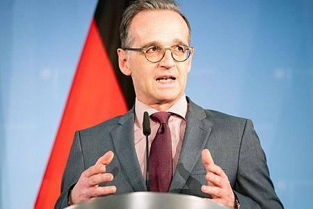 Heiko Maas will sich zu den aktuellen Entwicklungen in der Corona-Krise äußern. Foto: Kay Nietfeld/dpa