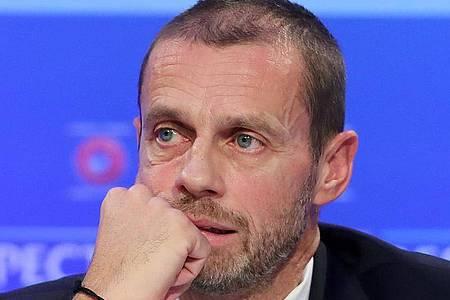 Hat Zweifel daran, dass die Saison 2019/20 im europäischen Fußball abgeschlossen werden kann: UEFA-Präsident Aleksander Ceferin. Foto: Niall Carson/PA Wire/dpa