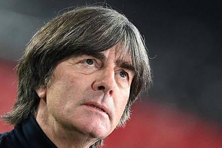 Bundestrainer Joachim Löw ist blickt weiter optimistisch in die Zukunft. Foto: Federico Gambarini/dpa