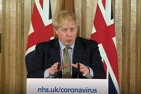 In seiner Strategie, das Coronavirus abzuwehren, machte Boris Johnson nach Meinung vieler Experten gleich am Anfang einen großen Fehler. Foto: Pa Video/PA Wire/dpa