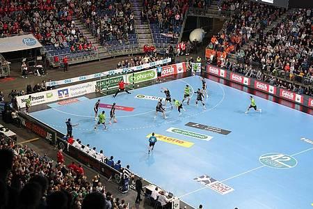 Die HBL plant für die kommende Saison auch mit Zuschauern. Foto: Friso Gentsch/dpa