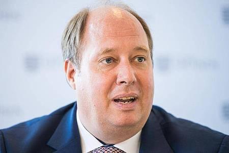 Kanzleramtschef Helge Braun (CDU) schaut vor allem auf die Verdoppelungszeiten bei der Infektionszahl. Foto: Oliver Killig/zb/dpa