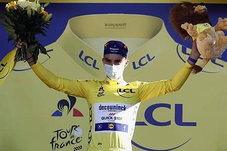 Julian Alaphilippe will auch auf der 4. Etappe das Gelbe Trikot verteidigen. Foto: Benoit Tessier/Reuters/AP/dpa