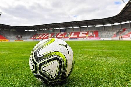 Der Hallescher FC ist gegen eine Fortsetzung der 3. Liga. Foto: Hendrik Schmidt/dpa-Zentralbild/dpa