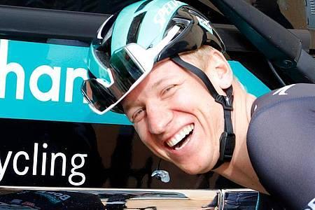 Pascal Ackermann hat die zweite Etappe der Sibiu Tour gewonnen und damit seinen dritten Saisonsieg eingefahren. Foto: Clara Margais/dpa