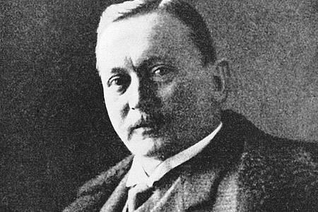 Der deutsche Afrikaforscher Hermann von Wissmann in einer zeitgenössischen Aufnahme. Von 1895 bis 1896 war er Gouverneur in Deutsch-Ostafrika. Foto: dpa