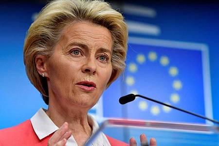 EU-Kommissionspräsidentin Ursula von der Leyen hat sich in Corona-Quarantäne begeben. Foto: John Thys/AFP Pool/AP/dpa