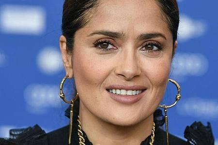 Die Schauspielerin Salma Hayek zeigt sich in den sozialen Netzwerken leicht ergraut. Foto: Jens Kalaene/dpa-Zentralbild/dpa