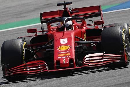Schied im zweiten Spielberg-Rennen früh aus: Ferrari-Pilot Sebastian Vettel. Foto: Darko Bandic/AP Pool/dpa