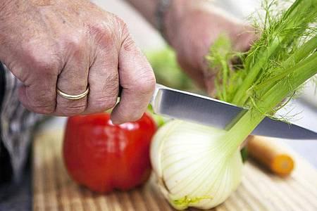 Gemüse satt: Die Autorin Nina Ruge empfiehlt, 400 Gramm am Tag zu essen - der eigenen Gesundheit zuliebe. Foto: Silvia Marks/dpa-tmn
