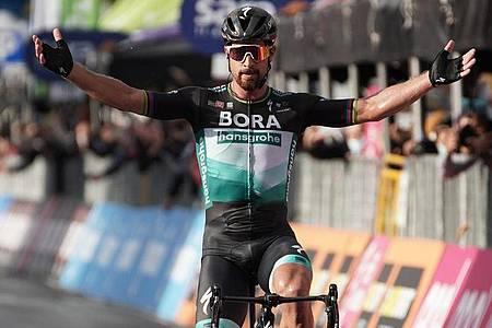 Peter Sagan feierte nach über einem Jahr wieder einen Etappenerfolg. Foto: Gian Mattia D`alberto/LaPresse via ZUMA Press/dpa