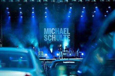 Michael Schulte hat sich gefreut, endlich wieder auf einer Bühne stehen zu können. Foto: Peter Steffen/dpa