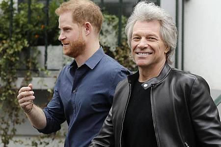Prinz Harry nahm an den Aufnahmen der Bon-Jovi-Single «Unbrocken» teil. Foto: Kirsty Wigglesworth/AP/dpa