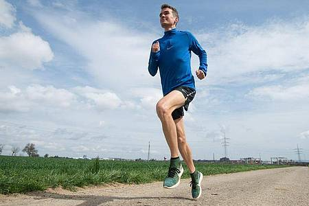 Marathon-Ass Arne Gabius beim Training. Foto: picture alliance / dpa