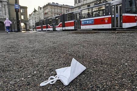 Die tschechische Hauptstadt Prag ist wegen des erneutenLockdowns wie leergefegt. Foto: Michal Kamaryt/CTK/dpa
