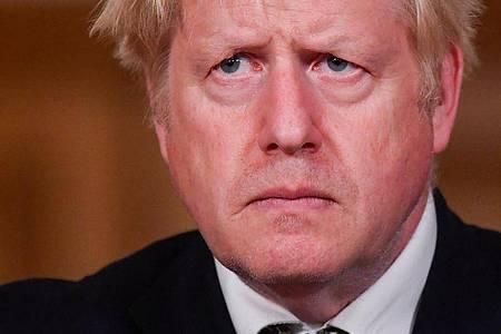 Premier Boris Johnson bei einer Pressekonferenz in der 10 Downing Street. Foto: Toby Melville/PA Wire/dpa