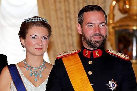 Erbgroßherzogin Stéphanie und Erbgroßherzog Guillaume von Luxemburg fereun sich über Nachwuchs. Foto: Albert Nieboer/RoyalPress/dpa