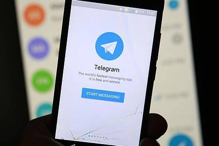 Im messengerdienst Telegram floriert der Schwarzmarkt. Foto: Sergei Konkov/TASS/dpa