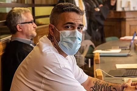 Rapper Bushido im Zeugenstand vor Gericht in Berlin (Archivbild). Foto: Paul Zinken/dpa-Zentralbild/Pool/dpa/Archivbild