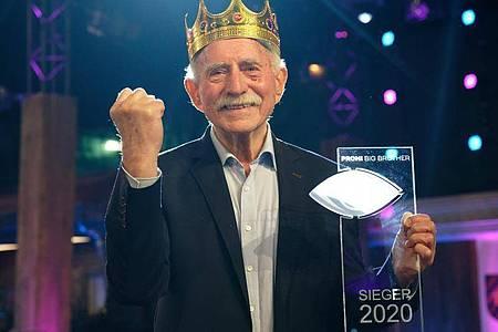 Sieger von «Promi Big Brother»: Der ehemalige Sportmoderator Werner Hansch. Foto: Henning Kaiser/dpa