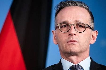 Außenminister Heiko Maas sprach vor einer Video-Schalte mit seinen Nato-Kollegen. Foto: Bernd von Jutrczenka/dpa