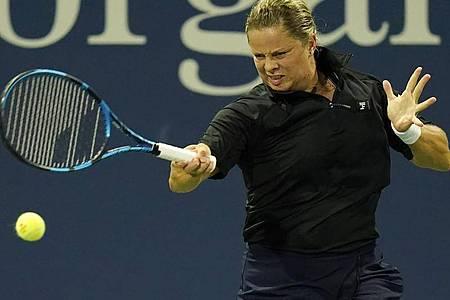 Kim Clijsters hat den ersten Sieg seit ihrem überraschenden Comeback verpasst. Foto: Frank Franklin II/AP/dpa