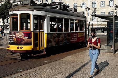 Portugals Hauptstadt Lissabon ist von der Bundesregierung zum Corona-Risikogebiet erklärt worden. Foto: Pedro Fiuza/XinHua/dpa