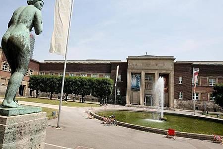 Im Museum Kunstpalast in Düsseldorf ist die Schau «Caspar David Friedrich und die Düsseldorfer Romantiker» zu sehen. Foto: Roland Weihrauch/dpa