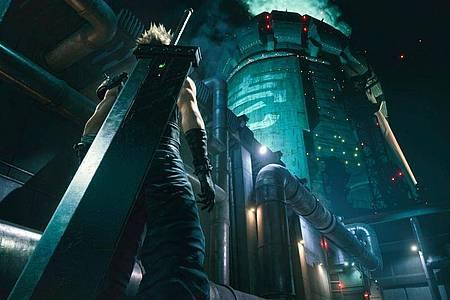 Kampf gegen den bösen Megakonzern:«Final Fantasy VII Remake» macht Spieler zum Anführer der Avalanche-Söldner. Foto: Square Enix/dpa-tmn