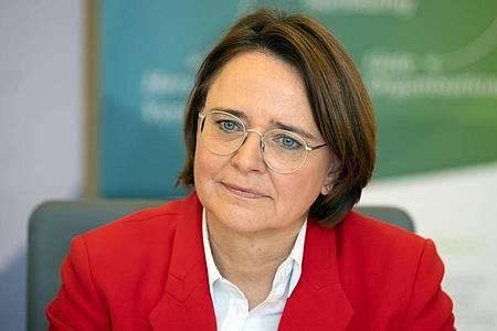 Integrationsbeauftragte Annette Widmann-Mauz: «Wir haben ein Rassismus-Problem. Und es ist größer, als die meisten das wahrhaben wollen.». Foto: Soeren Stache/dpa-Zentralbild/dpa