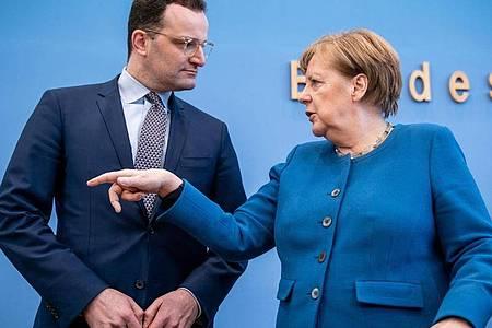 Die Partei von Bundeskanzlerin Angela Merkel und Gesundheitsminister Jens Spahn (beide CDU) gewinnt an Zustimmung. Foto: Michael Kappeler/dpa