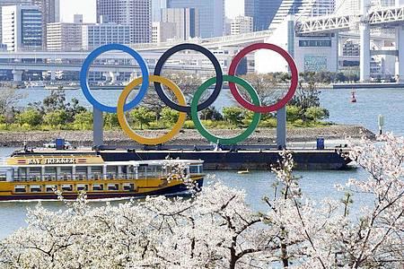 Die bereits für Olympia qualifizierten Sportler müssen nach der Verlegung der Sommerspiele doch weiter um ihr Ticket für Tokio kämpfen. Foto: kyodo/dpa