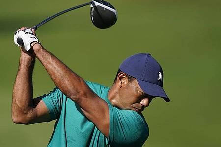 Tiger Woods beim Training im Augusta National Golf Club. Foto: David J. Phillip/AP/dpa