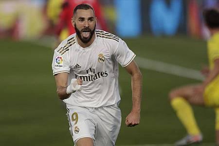 Matchwinner beim Sieg von Real Madrid gegen den FC Villareal: Doppeltorschütze Karim Benzema. Foto: Bernat Armangue/AP/dpa
