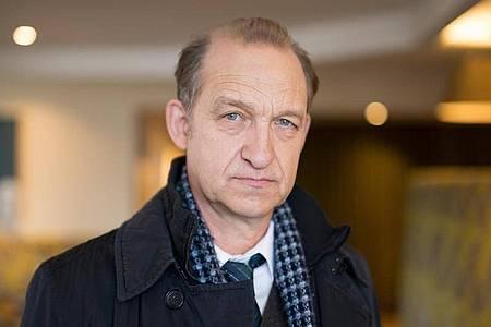 Der Schauspieler Peter Heinrich Brix ermittelte in «Nord Nord Mord». Foto: picture alliance / Daniel Reinhardt/dpa