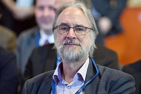 Karlheinz Brandenburg, Professor und Miterfinder des mp3-Verfahrens zur Audiodatenkompression. Foto: Martin Schutt/dpa-Zentralbild/dpa