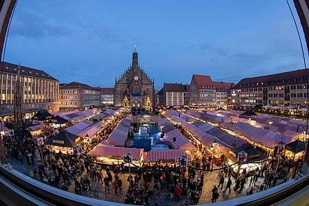 Fällt dieses Jahr aus: Der Nürnberger Christkindlesmarkt. Foto: Daniel Karmann/dpa